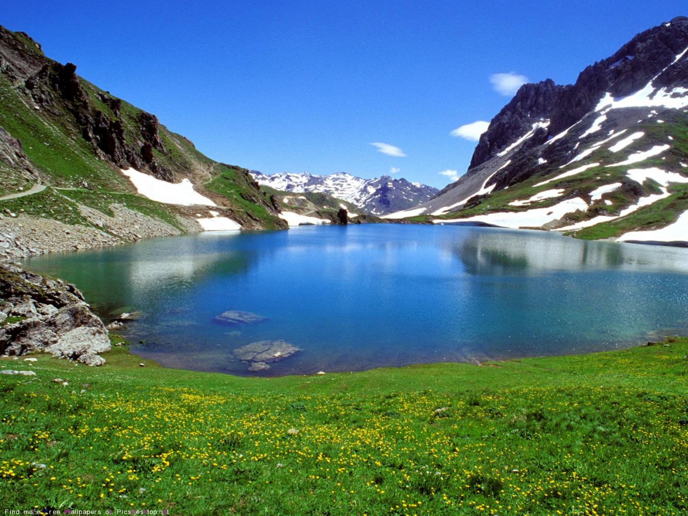 Природа горы красивые фото обои для